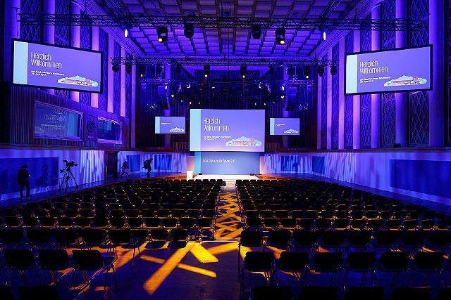 Konferenz /Tagung